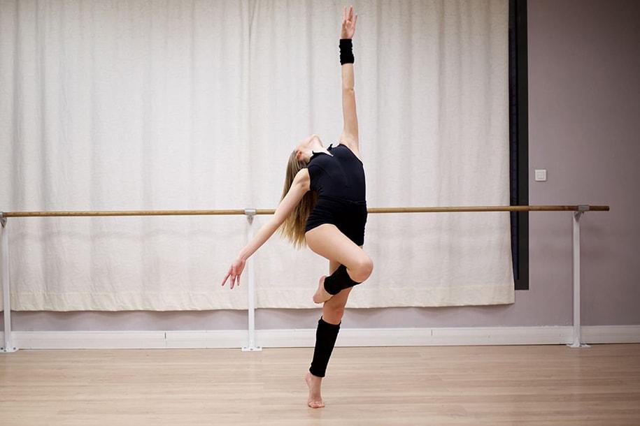 Danse pour garçon solitaire de gardons