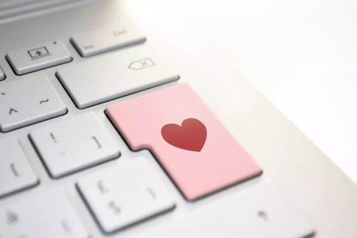 Rencontres en ligne composè